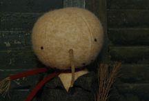 Olde Snowmen / Original handmade snowmen by Lynn Stockhausen of The Button Box