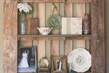 Easy Pallet Projects / by Elva Strawn