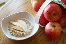 Breakfast {Oatmeal + Granola}