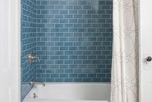 bathroom layout for tiny space/shower/bathtub tiled