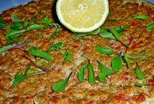 Danes je pa čas za mednarodno kuhinjo: Turčija in Lahmacun :-)