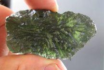 Large Moldavite specimens / We offer high grade Moldavite specimens for sale,large sizes,jewelry pieces,rare Besednice specimens.