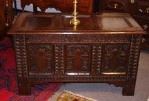 Robin Wheatley Antiques / Antique furniture