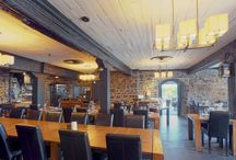 L'auberge Saint Gabriel / C'est une cuisine de gastronomie, conviviale et authentique créé par le chef Eric Gonzalez. La table a été primée comme étant l'une des 10 meilleures par le journal le Devoir, le critique de la Presse l'a qualifiée de « Spectaculaire» Restaurant à louer.