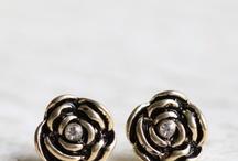 fashion jewelry / by McKaylee Brooks