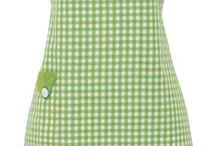 Aprons / by Aunt Pitty Pat