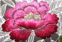 flor bordada