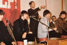 Tony Barrow рядом с ''The Beatles'' / пресс-атташе легендарной группы с 1962 по 1968 годы