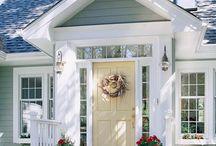 Lake House Entryways / Decorative and descriptive #lakehouse entryways. #serenelakeliving