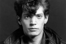 Robert Mapplethorpe / Images by the artist and of the artist.
