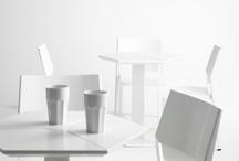 Dieffebi / DIEFFEBI es una firma italiana de diseño que desde hace más de treinta años produce mobiliario de metal para la oficina, la casa, la colectividad. Ordenar, contener, proteger, guardar de forma creativa: documentos de trabajo, objetos de nuestra vida cotidiana, instantes de nuestra vida privada. Los productos Dieffebi organizan y construyen el espacio, gracias al uso de sistemas modulares y transversales, capaces de adaptarse a diferentes y múltiples exigencias.