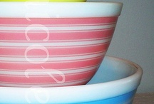 Pyrex bowls / by Lisa Cook