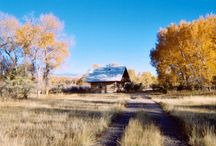 Montana Vacation Rentals / Vacation rental cabins, cottages, lodges, ranches, and homes all over Montana. Book directly with the owners/managers and skip those booking website traveler fees.