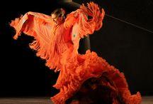 Το Ballet Flamenco de Andalucía / Το Ballet Flamenco de Andalucía παρουσιάζει τη νέα παραγωγή του Ινστιτούτου Φλαμένκο της Ανδαλουσίας Metáfora  Καλλιτεχνική Διεύθυνση – Χορογραφία: Ruben Olmo  Θέατρο Badminton 3-4 ΝΟΕΜΒΡΙΟΥ 2012