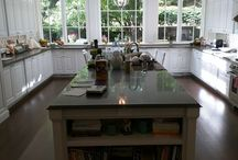 Wellesley Kitchen / Recently completed custom kitchen by Endeavour Craftsmen