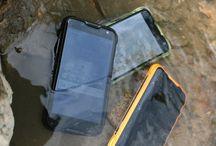 G A D G E T S / Gadgets, mobile phones, tablets, laptops