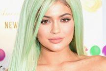 Kylie Jenner starter pack