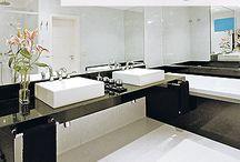 Banheiros e Lavabos com Bancadas Pretas! / Veja + Inspirações e Dicas de decoração no blog!  www.construindominhacasaclean.com