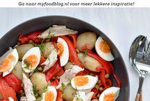 SALADES <3 / Voor iedereen die van salades houdt! Je vindt hier de lekkerste salades. Klassiekers zoals de Caesar's salad, maar ook nieuwe creaties die je doen watertanden.   Wees sociaal en repin ook, zo helpen we elkaar :-)! Meepinnen?  Volg myfoodblog.nl op Pinterest en stuur me een berichtje! Happy pinning! -Judith