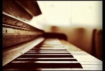 Pianos / Pianos, pianos, pianos.