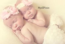 Twin newborn photos