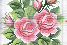 Мини розы крестиком