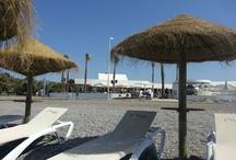 ZONA DE HAMACAS / Oleaje PlayaGranada inaugura su zona de tumbonas, por sólo 5 € disfruta de 10.00 h a 20.00 h. de tu hamaca Oleaje con servicio de camarero. Disfruta de tu momento Oleaje