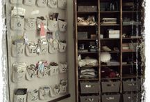 Craft room ideas / Organizing our crafts is harrrrrddddd! These people have done it so well.