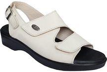 Hac Ve Umre Ayakkabı Terlikleri / hac ve umre ziyaretinde bulunacaksanız en kaliteli ortopedik hac umre ayakkabı ve terlikleri www.ortopedikterlik.com 'da