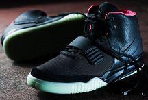 Sneakers / Kicks