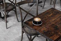 O cafea..va rog...
