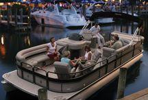Pontoon party catamaran