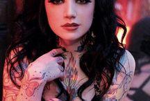 Tattoos / Tatuagens.