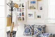 Entryway Wall Art Ideas / Wall art, mirrors and photos for the entryway
