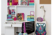 Tropique Stationery / Perfect for creating a fun, fresh and exotic style, our Tropique stationery is bursting with colourful prints and bold and beautiful designs.