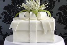 Beautiful Cakes / by Jeannette Sauer