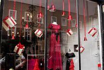 Christmas retails