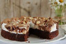 Torta di cioccolato nocciole e meringhe buonissima