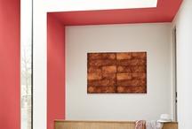 Inspiración Color Rojo / El color rojo es pura pasión, el color del fuego y del amor. En color rojo decoramos ambientes para descubrir el lado más pasional de cada estancia. ¿Nos ayudas?