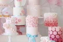 Ho-ho-ho, wedding layer cake!