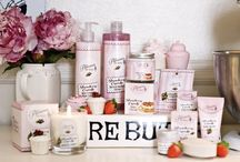 Our Creations: Strawberry Cupcake / Our deliciously fruity range of sweet-strawberry scented bath & body potions.