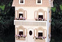 Amy's Doll houses