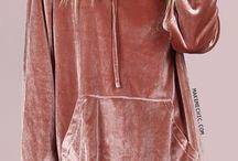 mikinový šaty