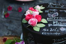 Chalkboard fondant cake