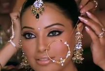 Jewelry - Indian, Pak, Desi, inc Bridal / by Sunjay JK