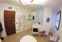 AOC / arredamento. decorazione a parete. time line. logo
