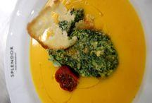Ristorante / A pranzo e a cena. La nostra cucina è aperta tutti i giorni fino all'una di notte. Siamo in via Vittoria Colonna 32-Piazza Cavour-Roma