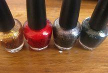 NAILS / Nail products, swatches, nail art