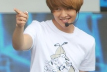 Lee Jin Ki (Onew, SHINee)