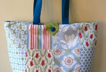 Sewing: Purses and Bags / by Angie Davis